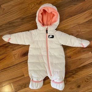 Like new Nike snowsuit 3 months
